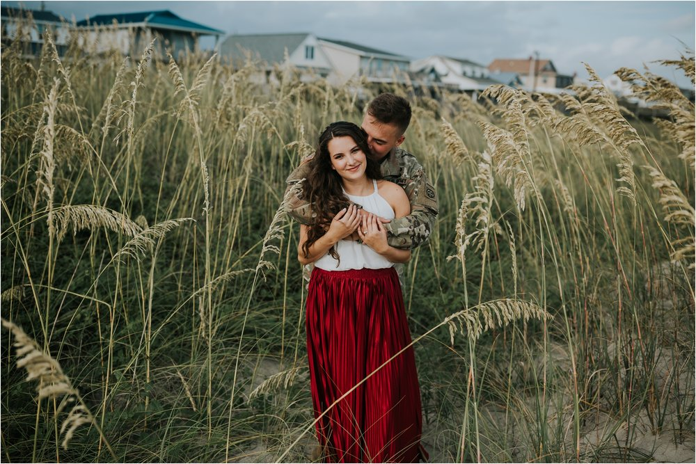 Atlantic-Beach-NC-engagement-Session_0235.jpg