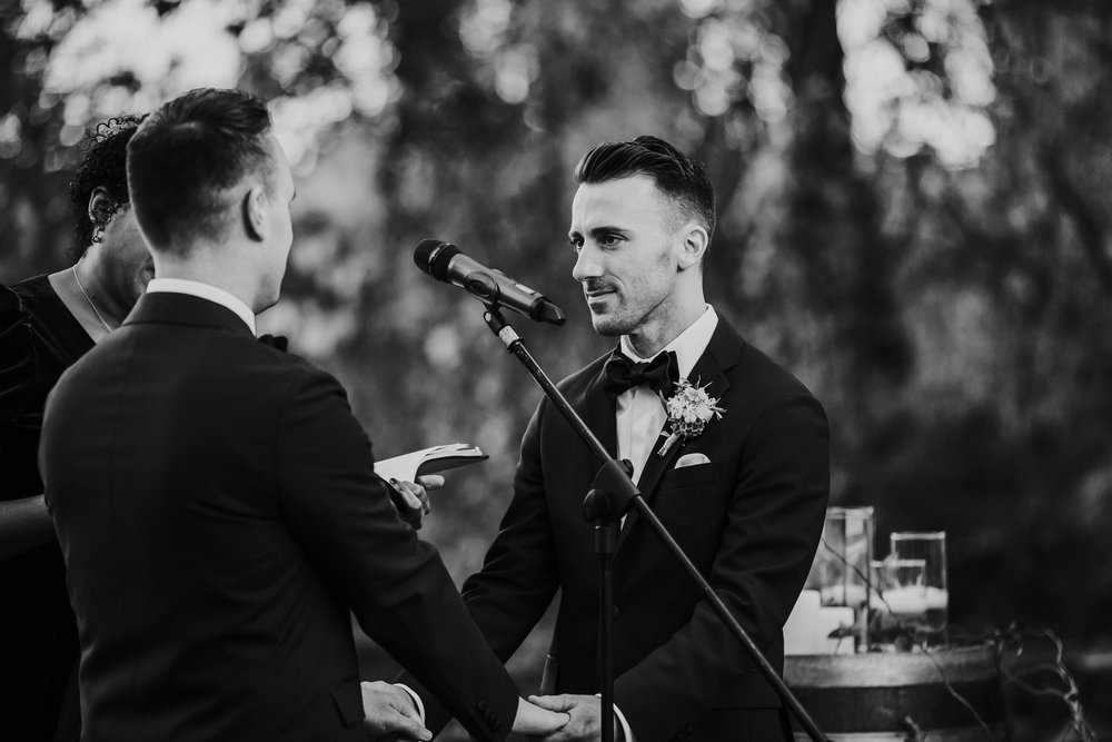 hudson-valley-same-sex-wedding_1289.jpg