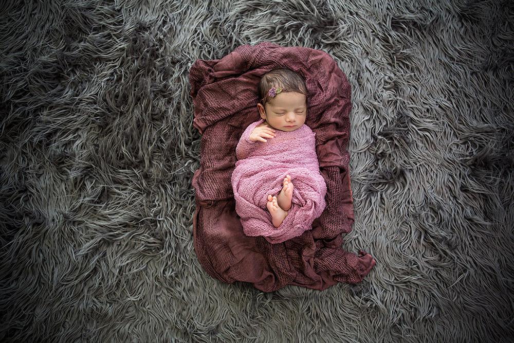baby posing photos