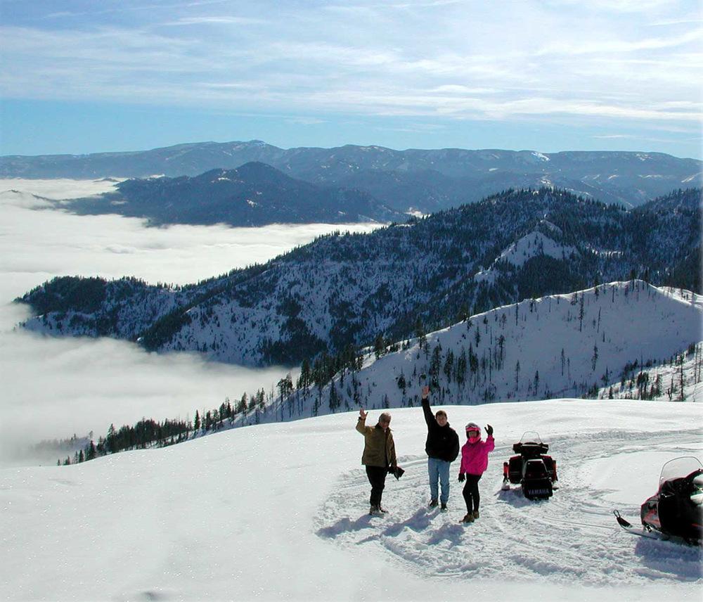 snowmobile4.jpg