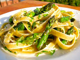 Creamy Lemon Pasta with Asparagus