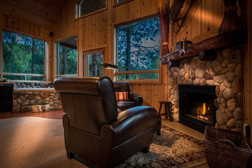 Spectacular Views & Cozy Fireplace