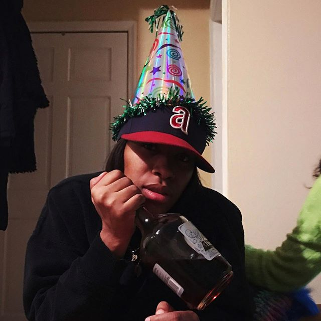 Happy G day to the waviest sag I know. You a real one 🍾🎂 #hennygripon100
