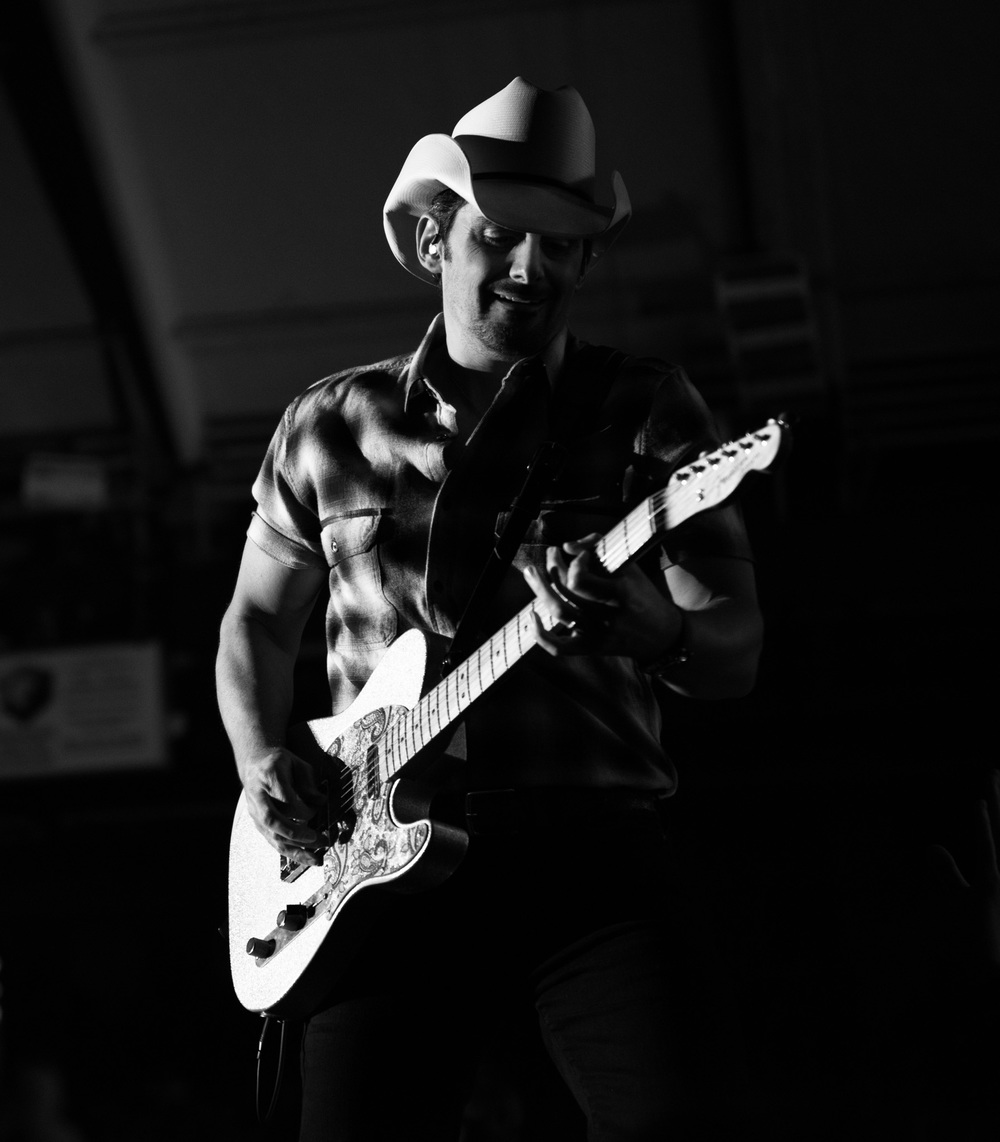Brad Paisley Concert - Light-1.jpg
