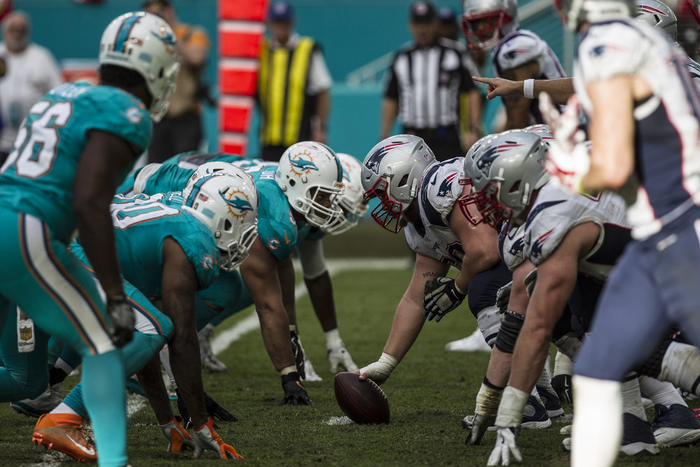 The Miami Dolphins hosted the New England Patriots at Hard Rock Stadium in Miami Gardens, Florida,  on January 1, 2017.
