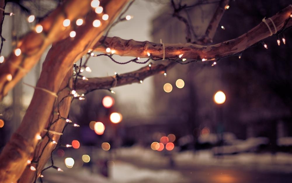 christmas-lights-tumblr-background-mqrlkrnak.jpg