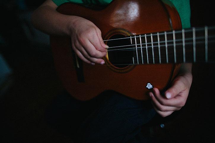 guitar4web.jpg