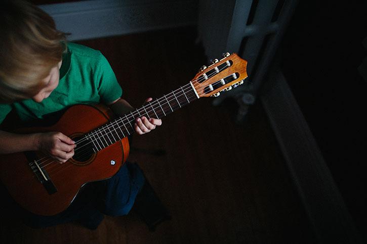guitar3web.jpg