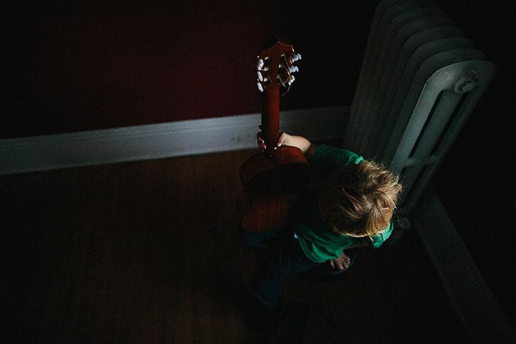 guitar1web.jpg