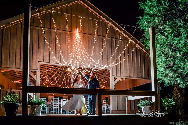 Barn wedding, charlotte wedding venue, north carolina wedding venue, country wedding, concord nc wedding venue