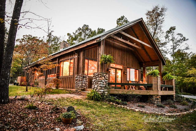 country lodge, nc wedding venue, north carolina wedding venue, country wedding, farm wedding, concord nc wedding venue