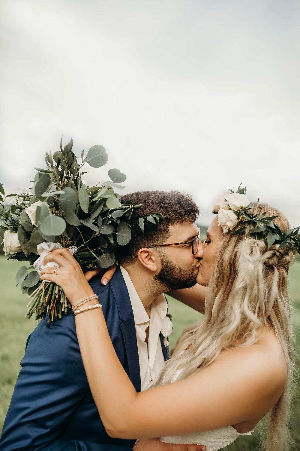 Spring Wedding - Natural & Fun