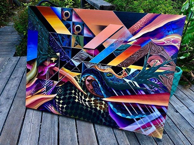 "Hop into the Tesseract with this next level new work from Des10! ""SHIFT 