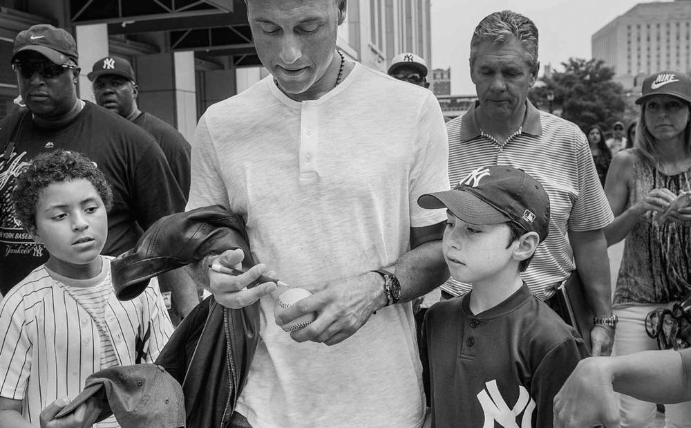 Jeter_autographs.jpg