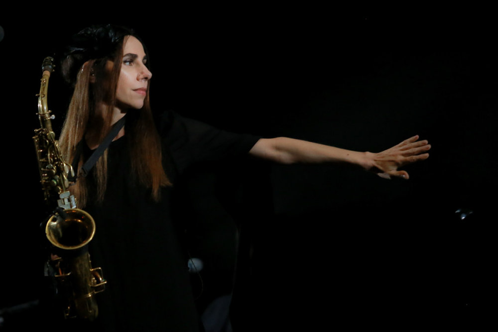 PJ Harvey - Stage Management