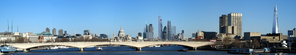 London_skyline_2012_panorama.jpg