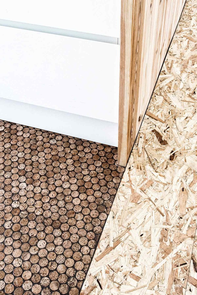 Champagne corks used for flooring