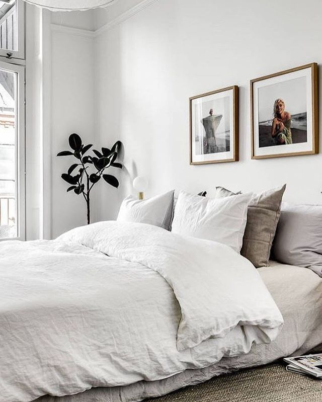 Yes to the perfect bed 👌 📷via Pinterest #whiteinterior #interiors #interiorinspo #dallapechantinspo #bedroomgoals