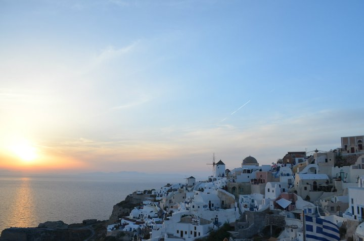 Yep - wouldn't mind enjoying these Oia sunsets again.