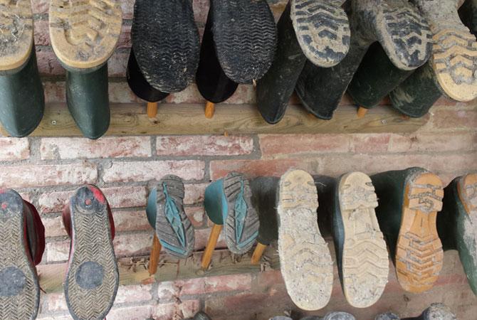 Barbialla-Nuova-muddy-boots