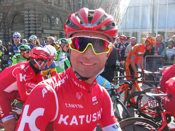 Angel Vicioso is all smiles in the pre race sun