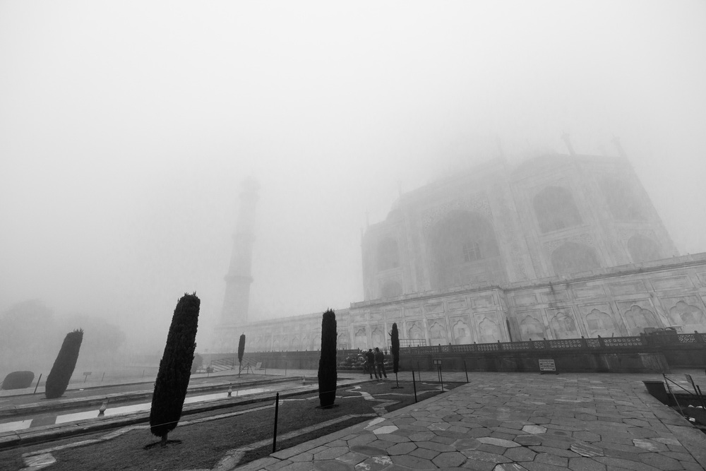 The Taj Mahal in Agra during a foggy morning