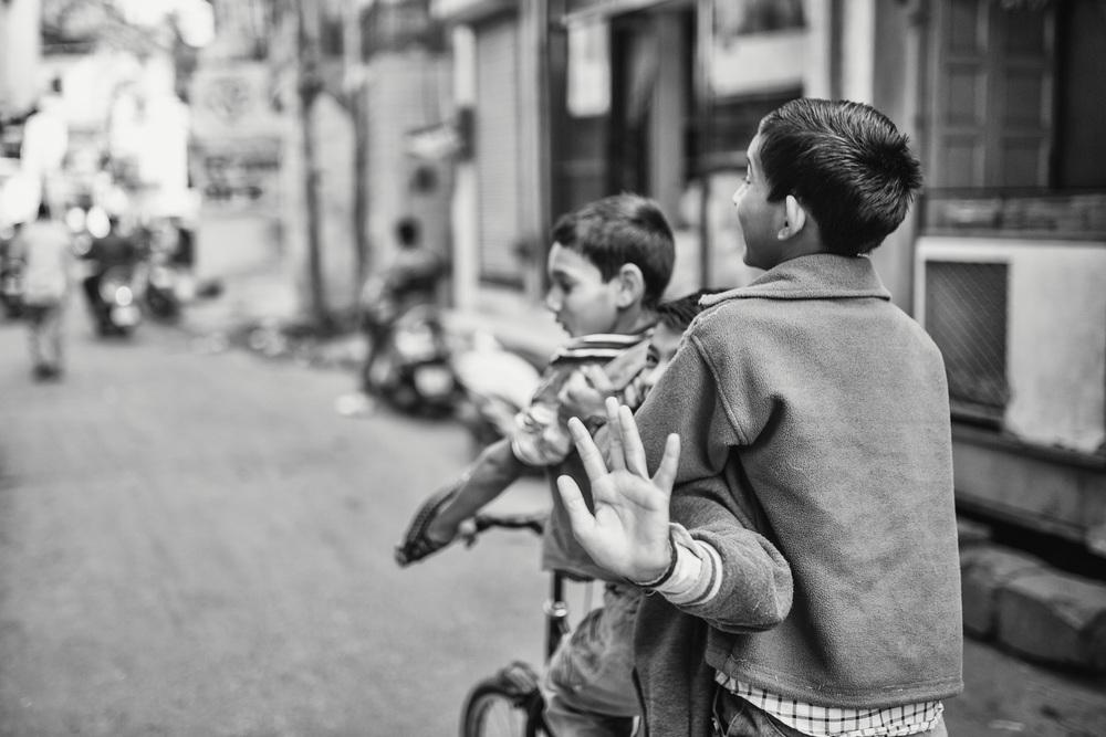 Kids playing in the streets of Jodhpur (India) - Copyright: Daniel Hofmann