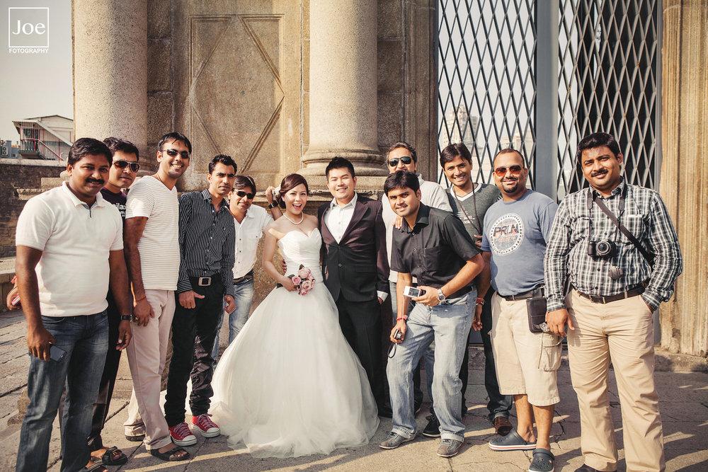 遇到印度旅客非常愛與Grace & Danny合照,一批接著一批...