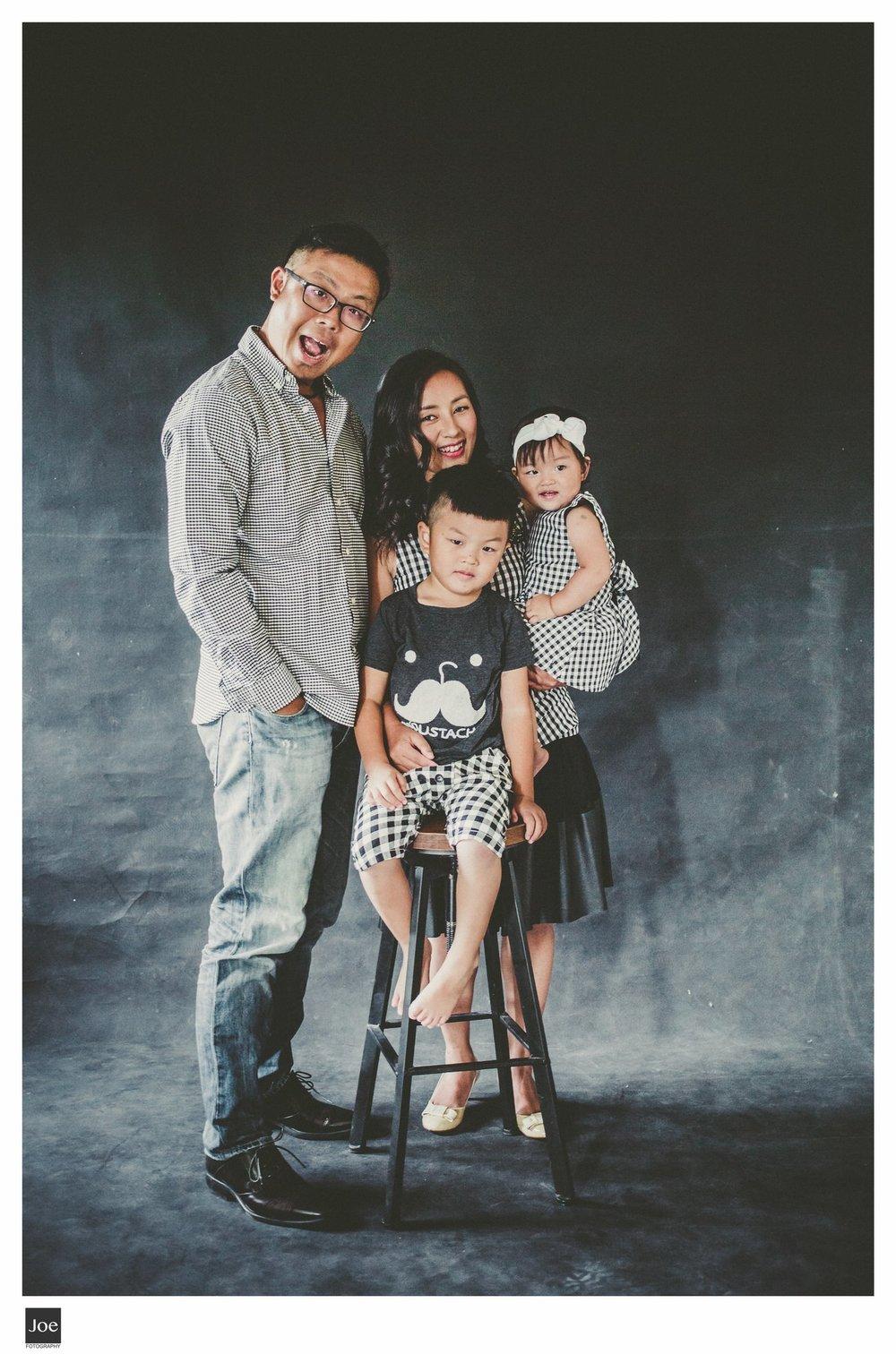 joe-fotography-family-photo-pepper-salt-bowtie-004.jpg