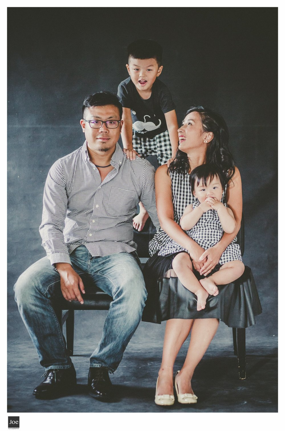 joe-fotography-family-photo-pepper-salt-bowtie-013.jpg