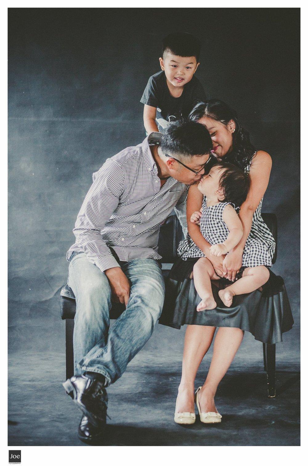 joe-fotography-family-photo-pepper-salt-bowtie-016.jpg