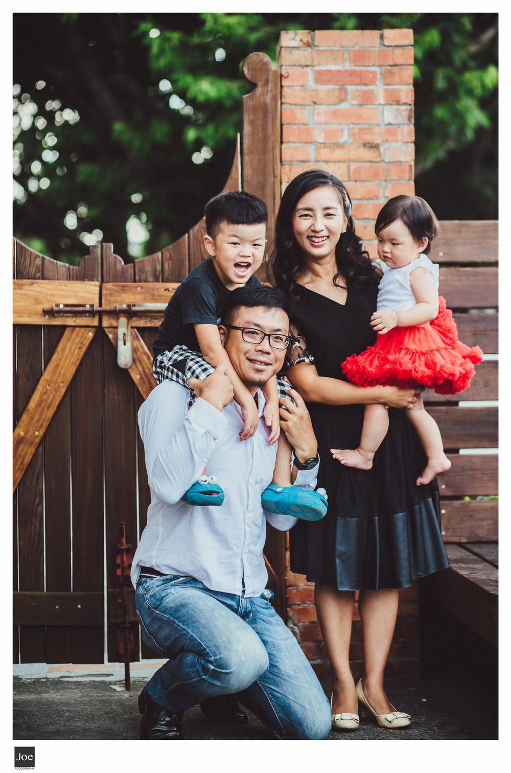 joe-fotography-family-photo-pepper-salt-bowtie-028.jpg