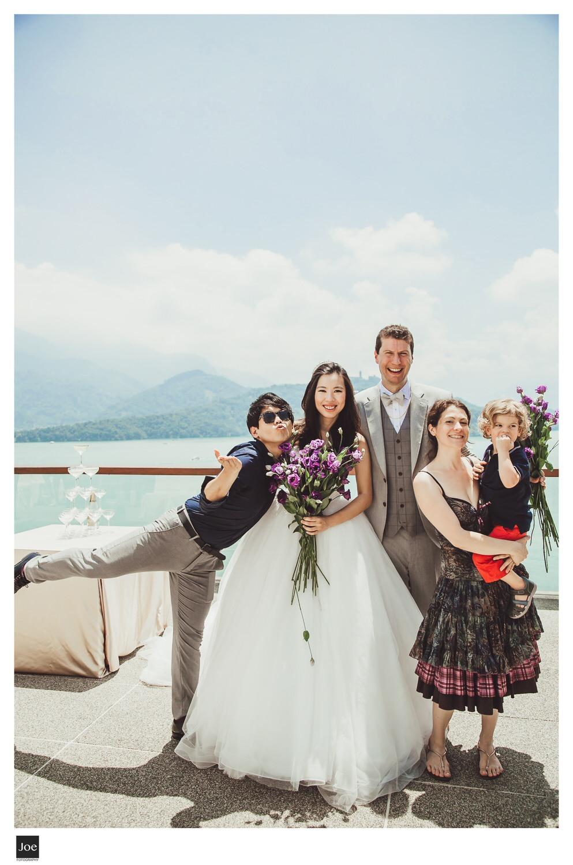 joe-fotography-the-lalu-sun-moon-lake-wedding-kay-geoffrey-216.jpg