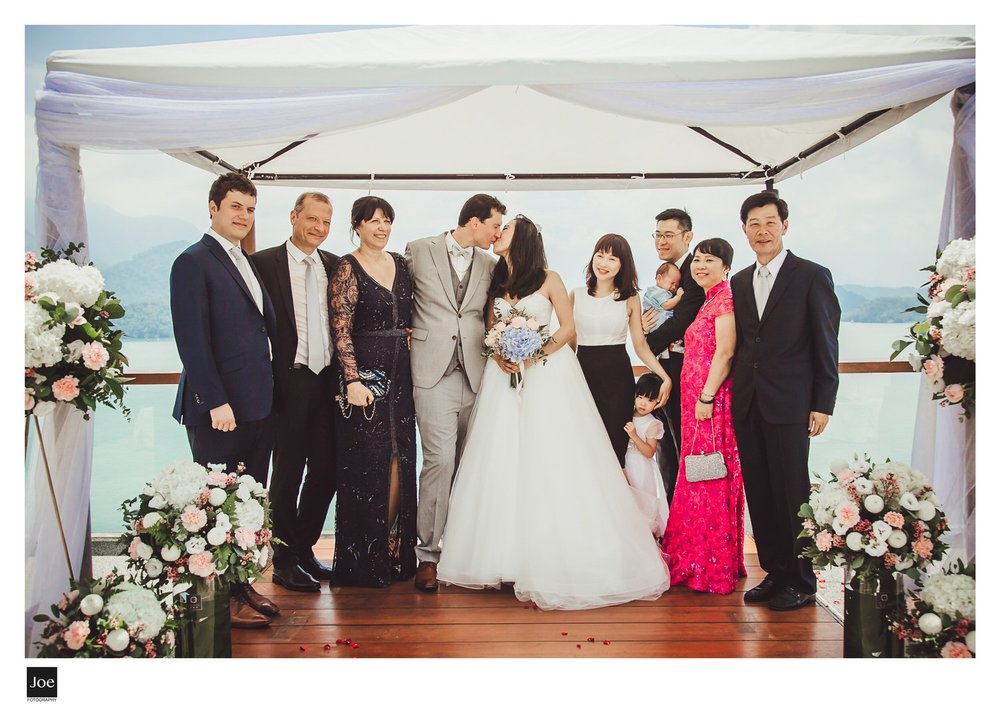 joe-fotography-the-lalu-sun-moon-lake-wedding-kay-geoffrey-219.jpg