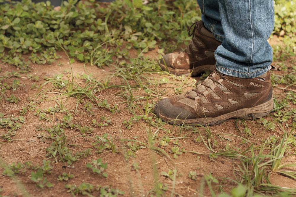 manel-de peus a terra-web.jpg