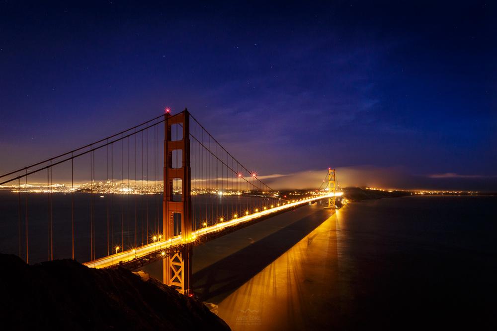 Golden Gate - simbol mesta San Franciso in zahodne obale ZDA. Fantastičen urbani razglednik!
