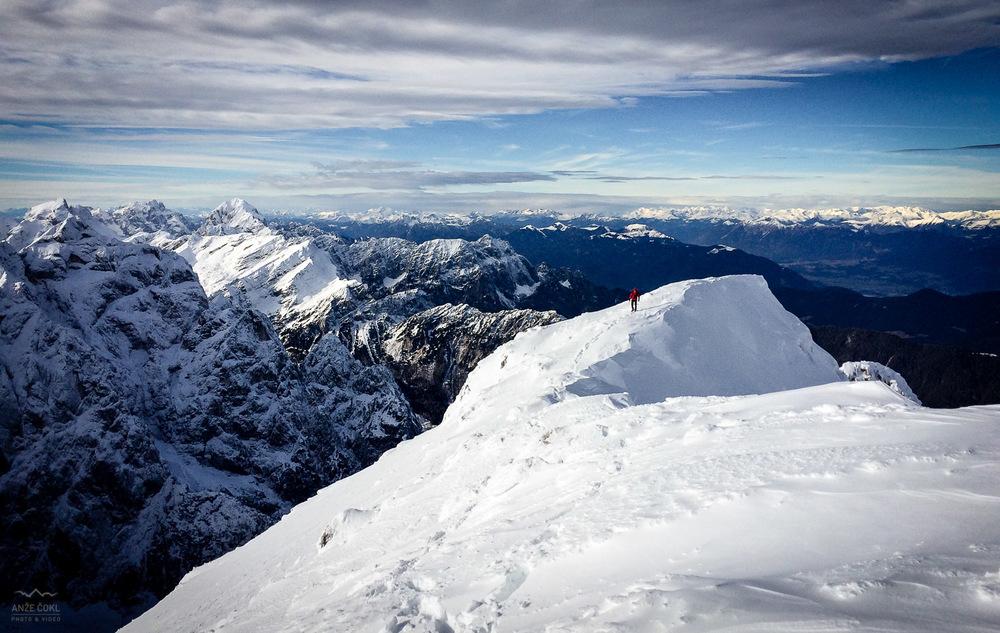 Zadnji metri grebena, ki s severa pripelje na sam vrh Dolkove špice, 2591 m visoko.