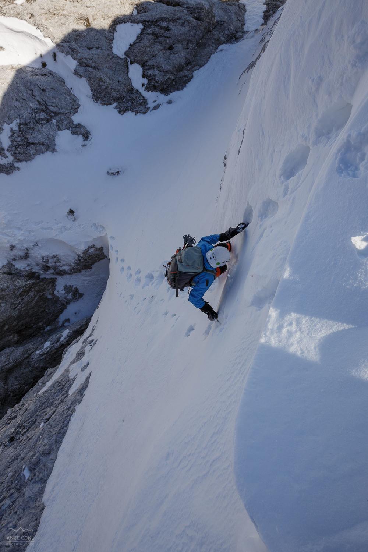 Predzadnje strmo plezanje po snegu.