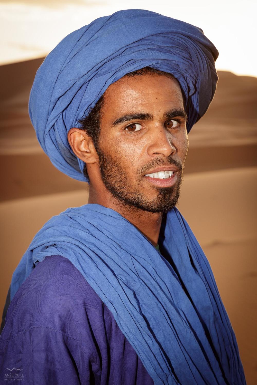 Abdul. Naš gonjač dromed v puščavi.