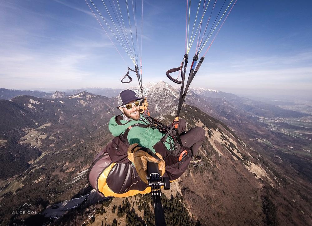 Z razgledi na vse strani mi je hribovcu pogled vendarle najpogosteje uhajal na visokogorje!