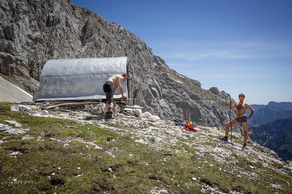 V mesecu maju smo delali meritve terena in analizo tal. Bil je vroč in soparen dan!