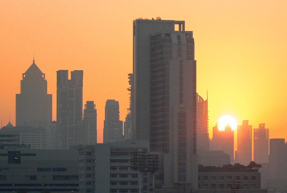 Sončni vzhod v Bangkoku.