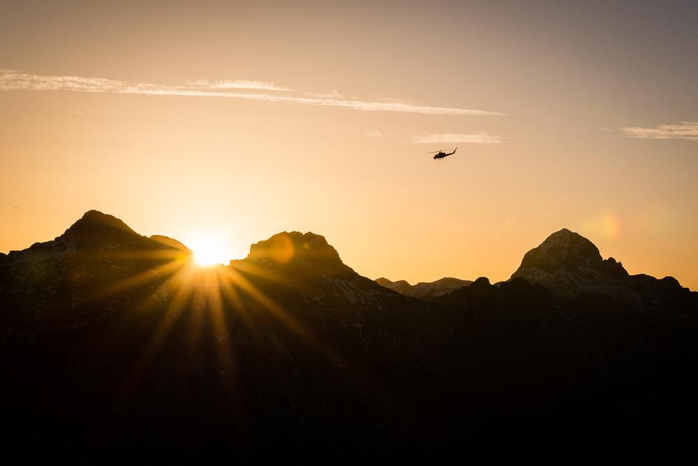 Helikopter je odletel v sonce! Foto: Peter Podobnik
