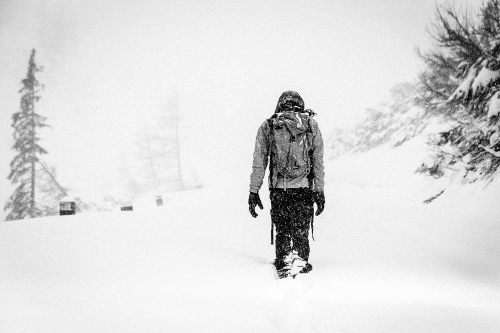 Skozi snežni metež naprej navzgor...