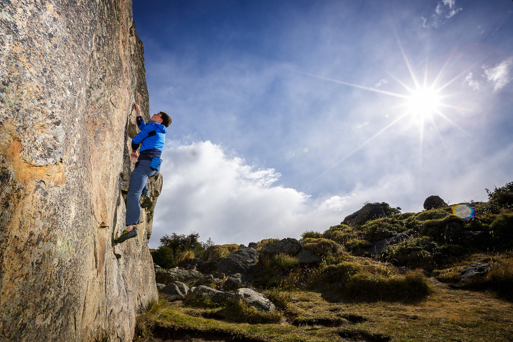 Bouldering in the sun