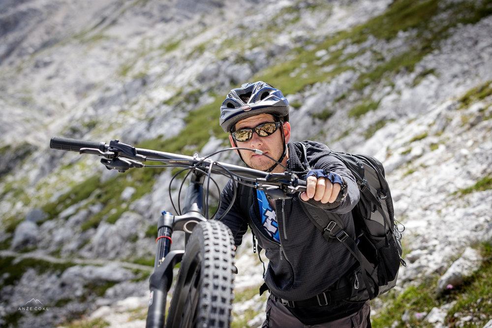Duletova prva gorsko kolesarska tura. Naravni talent!