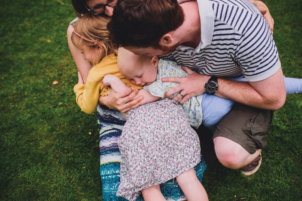 family photo shoot hilton court gardens
