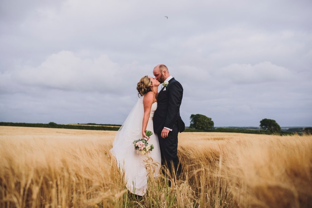 woodhouse barn rosemarket pembrokeshire wedding photography
