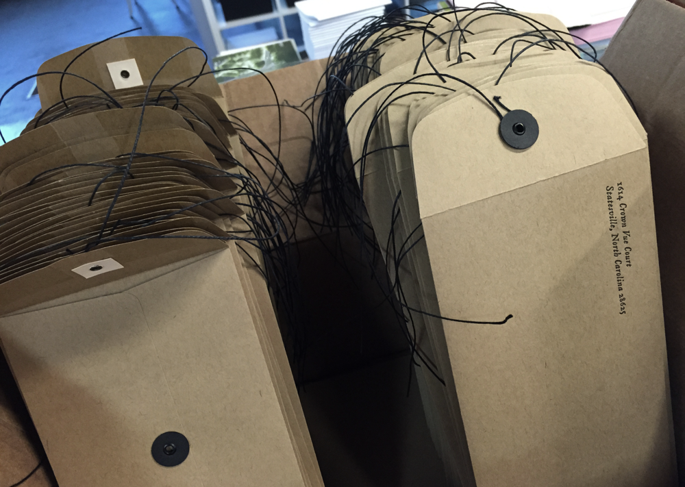 7 ton co - string closure envelopes