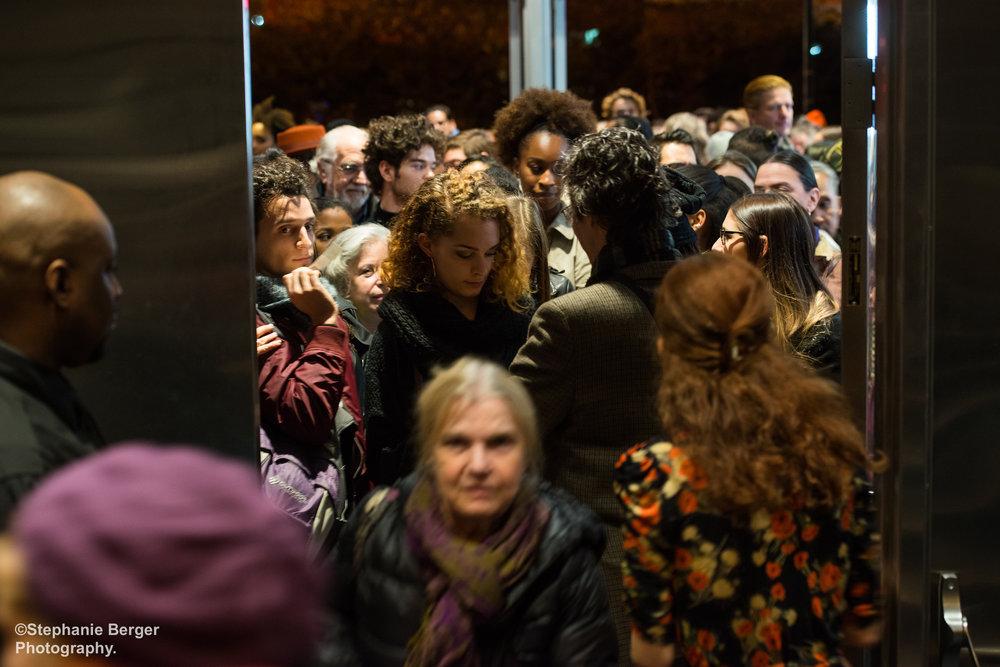 Crowd_Entering.JPG